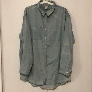 NEVER WORN denim shirt from Forever 21.